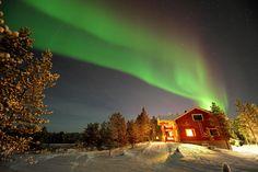 Luci del nord nel cuore della Lapponia finlandese