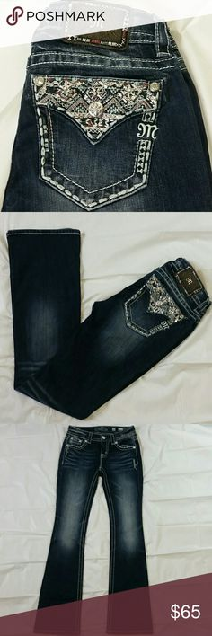 """Womens Miss Me Denim Mid-Rise Jeans Sz 26 x 33"""" Womens Miss Me Denim Distressed Jeans. Sz 26 Mid-Rise Boot, dark distressed wash in Excellent condition. Inseam from crotch to bottom: 33"""" Leg Opening: 8.5"""" Waistline side to side: 13"""" Miss Me Jeans Boot Cut"""