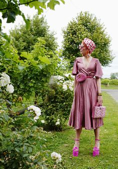 The wardrobe of Ms. B: Gucci girl and pink swirls