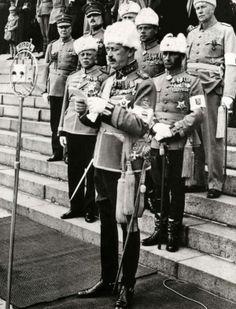 Mannerheim pitää puhetta vuonna 1939 Ww2 Pictures, Military Pictures, Ww2 History, Ancient History, The Third Reich, Red Army, Military Equipment, World War Ii, Russia
