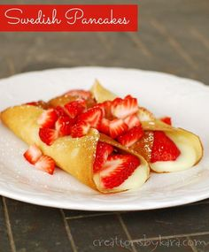 Family Favorite Swedish Pancakes- my kids request these yummy pancakes every Saturday! They are delicious and easy to make.