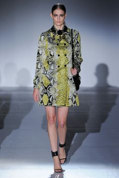 Gucci Spring 2013 Ready-to-Wear Collection Slideshow on Style.com