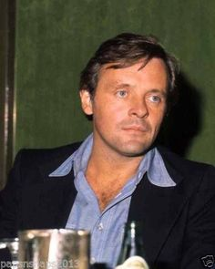 Anthony Hopkins is everything: Photo Sir Anthony Hopkins, Film Icon, You Are The Greatest, Portrait Photo, Famous Faces, Famous People, Actors & Actresses, Handsome, Hollywood