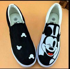 lovers lazy shoes  fish foot pedal women's  shoes cat doodle women hand painted canvas shoes