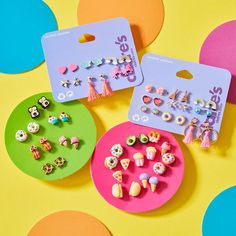 Cute motif earrings to put a smile on your face every day of the week! Justice Accessories, Claire's Accessories, Kids Earrings, Cute Earrings, Girls Jewelry, Cute Jewelry, Unicorn Fashion, Magical Jewelry, Makeup Kit