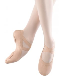Bloch Ladies Pro Elastic Ballet Shoe;The elastic contours to thefoot, reduces pressure on the Achilles tendon andon the dorsal surface of the foot when it contactsthe floor.