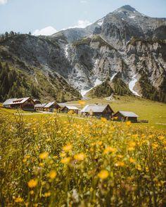 """Torsten ↟@thewanderco ↟ on Instagram: """"Bergsommer Die Ursprungalm in den Schladminger Tauern 🏠🏔 . . #schladmingdachstein #feelaustria #austria #discoveraustria #ig_austria…"""" Berg, Scenery, Mountains, Nature, Instagram, Travel, Summer Recipes, Naturaleza, Voyage"""