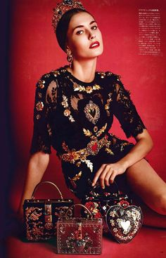 Dolce&Gabbana look and amazing it bags on VOGUE Japan 15th Anniversary Issue. Photographer: Victor Demarchelier.