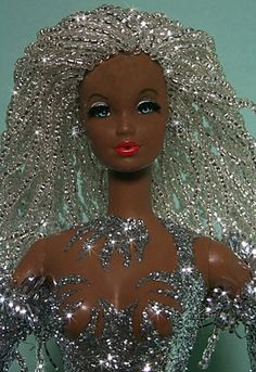 beaded doll hair via tabloach,,,kinda creepy but I love the Bling…..I think I have a Sparkle problem!!!!