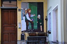Vernante - I pinocchi di Mussino    A Vernante (Piemonte) è vissuto Aldo Mussino. I muri delle case sono dipinti con le sue illustrazioni di Pinocchio. Charming village in Piemonte filled with murals of Pinnochio as the illustrator Mussino was a resident and the townspeople made an outdoor memorial to his work.