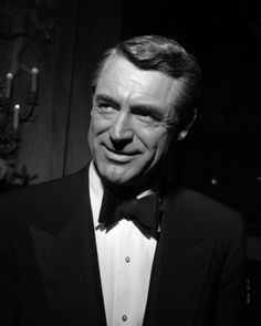 Classic Style, Men's Style, Cary Grant, Most Handsome Men, George Clooney, Vintage Hollywood, Actors & Actresses, Idol, Mens Fashion