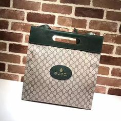 067ab67fa9b Soft GG Supreme Tote Green 463491 Gucci Tote Bag