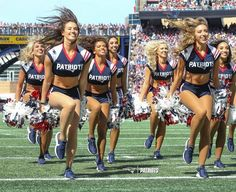 Patriots Cheerleaders, Cheer Picture Poses, Cheer Pictures, The 4, Cheerleading, New England, Instagram, Style, Stylus