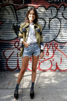 Leandra Medine's Fall Outerwear Collaboration (because im addicted) Leandra Medine, Denim Cutoffs, Jeans, Mode Style, Style Me, Look Fashion, Girl Fashion, Street Fashion, Only Shorts