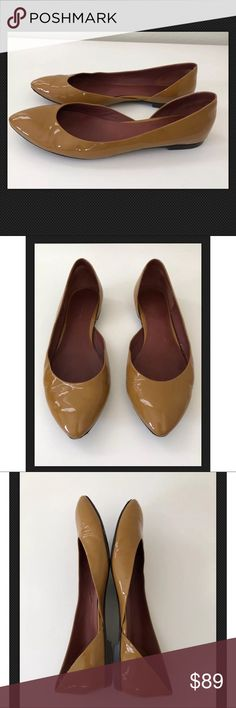 Bottega Veneta Patent Leather Flats ~Size 38.5~ Bottega Veneta Patent Leather Flats ~Size 38.5~  Size 38.5/ US 8.5  Item condition/notes: 100% Authentic. Gentle, normal wear. Normal wear on soles. Does not come with box. Bottega Veneta Shoes Flats & Loafers