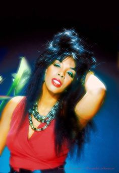 """Donna Summer LaDonna Adrian Gaines (December 1948 – May known by her stage name, Donna Sommer, later Donna Summer, was an American singer and songwriter who. Dance Music, Dona Summer, Black Music Artists, Musica Disco, Disco Funk, Evolution Of Fashion, Great Pic, Beautiful Black Women, Beautiful Ladies"