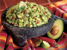 Apparently the Best guacamole.I'd say any guacamole is the best, and I'm willing to try this one! Ww Recipes, Mexican Food Recipes, Cooking Recipes, Healthy Recipes, Avocado Recipes, Paleo Food, Mexican Desserts, Delicious Recipes, Food Food