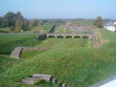 Rocroi le sentier des fortification