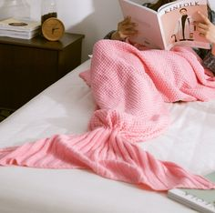 Knitted Mermaid Blankets for only $19.99! Give it as a gift or spoil yourself. Available in 5 colors and 2 different sizes! Zoxyclothing.com