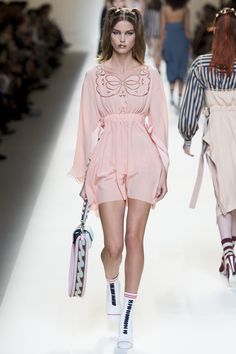 model dressed like a very feminine doll - beautiful dress -  Fendi Spring 2017 Ready-to-Wear collection.