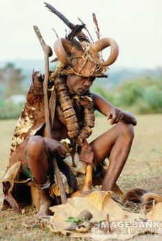 Luo..Thats my tribesman right there African Culture, African History, Tribal Rituals, Tribal Face, Coloured People, Tribal People, African Tribes, African Masks, Historical Pictures