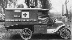An ambulance of the American Ambulance Field Service It could carry 3 wounded and 4 personnel. In the American Ambulance Field Service, Ford Ambulance, American Ambulance, International Red Cross, Unique Cars, Emergency Vehicles, World War One, Military Equipment, Volunteer Services, Ford Models