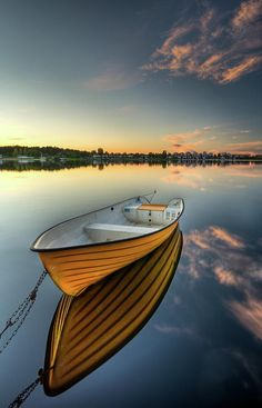 Solid-Faced Canvas Print Wall Art Print entitled Orange boat with strong reflection sunset in Karlstad, Sweden. Modern Art Paintings, Canvas Home, Art Moderne, Small Boats, Boat Plans, Wooden Boats, Water Crafts, Pictures To Paint, Belle Photo