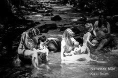 Ensaio 'Natureza Mãe' reúne mães e bebês para celebrar beleza natural | Catraquinha