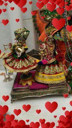 Radha Rani, Radha Krishna Love, Radhe Krishna, Radha Krishna Wallpaper, Laddu Gopal, Pooja Rooms, Indian Gods, Gods And Goddesses, Jewelry