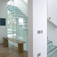 12 Most Creative Interior Staircases - Oddee.com (interior staircases, floating staircase...)