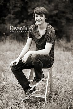 Photographing teens for senior pictures and portraits.