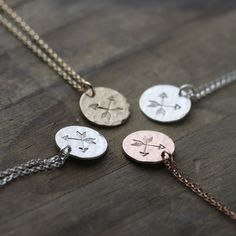 Crossed arrow friendship necklaces - for my besties around the world?