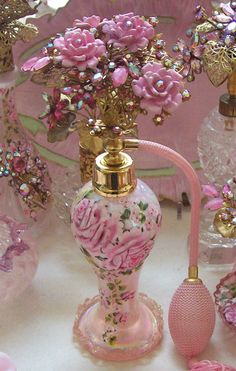 Gorgeous Vintage Blush Pink Iridescent Art Glass Perfume Bottle Rose Bouquet Top