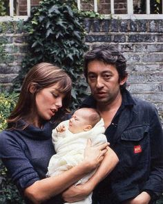 Jane Birkin, Serge Gainsbourg and Charlotte Gainsbourg, 1971