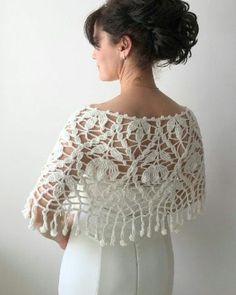 Gorgeous Wedding Shawl or Poncho – Wedding cape summer poncho ivory capelet - Crochet Crochet Cape, Crochet Motifs, Crochet Cardigan, Crochet Shawl, Hand Crochet, Knit Crochet, Crochet Flower, Crochet Girls, Crochet Woman