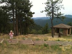 Mt Falcon Park Hikes - Castle Trail and Meadow Trail - Fun Colorado Hikes