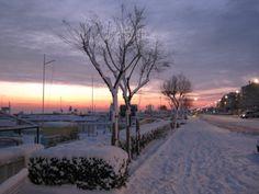 La passeggiata sul mare d'inverno a Miramare di Rimini