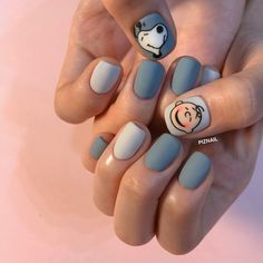 """If you're unfamiliar with nail trends and you hear the words """"coffin nails,"""" what comes to mind? It's not nails with coffins drawn on them. It's long nails with a square tip, and the look has. Disney Acrylic Nails, Best Acrylic Nails, Pretty Nail Art, Cute Nail Art, Nail Swag, Stylish Nails, Trendy Nails, Snoopy Nails, Korean Nail Art"""