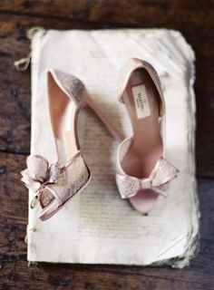 Don't Forget to Take These Photos of Your Wedding Shoes!