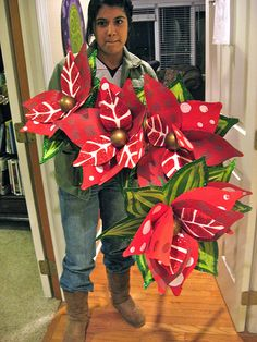 hand crafted Poinsettas www.lisafroststudio.com