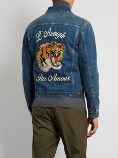 dcac3548dbc3 GUCCI Tiger-embroidered denim jacket €1