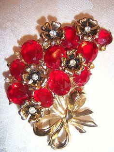 Floral Coro Pin