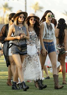 Selena Gomez's Ultimate Coachella Accessories? Kendall & Kylie Jenner #Refinery29