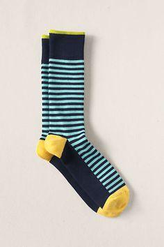 I need to start rockin' socks.