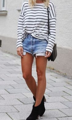 Stripes and denim shorts. Love this relaxed look