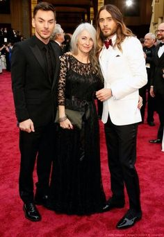 The Leto Family at the 2014 Academy Awards #shannonleto #constanceleto #jaredleto