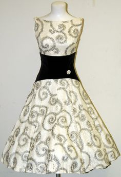 Vintage white and silver/gray cocktail dress with a waistband of black velvet. ~ LOVE the waist.