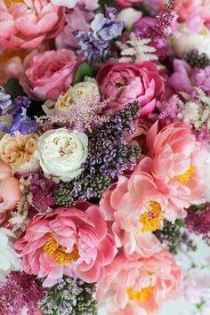 most moms love flowers Surtido de flores. The post pssst. most moms love flowers appeared first on Diy Flowers. Flowers Nature, My Flower, Fresh Flowers, Pink Flowers, Beautiful Flowers, Flowers Gif, Cactus Flower, Exotic Flowers, Summer Flowers