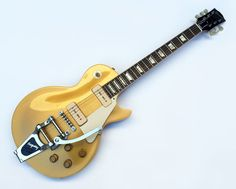 Spectacular '56 custom shop reissue Gibson Goldtop Les Paul. Loaded with Bigsby B7 & vibramate trem-no modifications to the guitar itself.