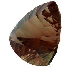 Sunstone orange cuivré vert triangle 23.84 cts